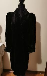 Famous-Barr Co St-Louis Black Beaver Fur Coat